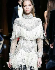 m-a-g-n-e-t-i-c-e-y-e-s: Sasha Luss - Balmain Fall 2016 Menswear. Fashion Week, Runway Fashion, High Fashion, Fashion Show, Fashion Outfits, Womens Fashion, Fashion Design, Dress Fashion, Paris Fashion