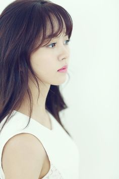Young actress Kim So Hyun 김소현 landed a new role ! Webtoon entitled 'Let's Fight Ghost' (translated title) which was published between 2007 and 2010 . Young Actresses, Child Actresses, Korean Actresses, Korean Actors, Actors & Actresses, Jung So Min, Korean Beauty, Asian Beauty, Kim So Hyun Fashion