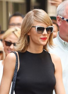 Taylor Swift wearing - We stock Swarovski glasses at Royal Oak Optometry! Cat Eye Sunglasses, Sunglasses Women, Swarovski Sunglasses, Glamour, Royal Oak, Facon, Looking Stunning, All About Fashion, Taylor Swift