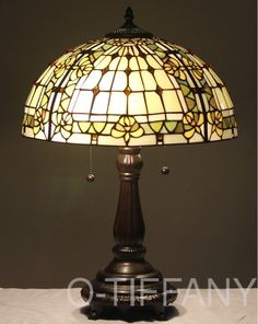 Tiffany style lamp Tiffany Art, Tiffany Lamps, Stained Glass Light, Stained Glass Patterns, Antique Lamps, Glass Art, Glass Lights, Standing Lamps, Art Deco