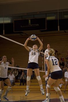 Senior Natalie Schonefeld helps bring home another win for the Emory Volleyball team this weekend