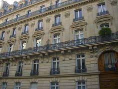 """Demeure de Marcel Proust – 45 rue de Courcelles, Paris VIIIe. """"Marcel Proust a habité cet immeuble de 1900 à 1906."""" Photo by Yvette Gauthier."""