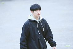 Park Sung Jin, Bob The Builder, Album Book, Day6, Boy Groups, Rain Jacket, Windbreaker, Raincoat, Husband