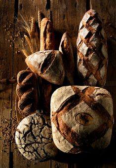 Ideas For Bread Photography Food Photo Rustic Bread Art, Pan Bread, Bread Baking, Pain Au Levain, Bread And Pastries, Sourdough Bread, Artisan Bread, Daily Bread, Food Pictures