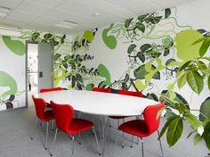 Modern office interior design ideas from Bosch Creative Office, Innovative Office, Cool Office Space, Office Spaces, Work Spaces, Public Spaces, Office Interior Design, Office Interiors, Office Designs