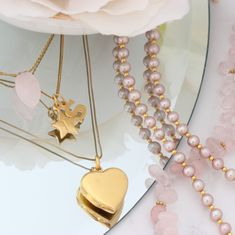Create your own unique style with these delicate handmade necklaces and bracelets . Layer and stack to your hearts content #layerednecklaces #layeredbracelets #gold #boho #dainty #long #choker #pearl #gemstone #pink #heartlocket #christmasgift #jewellerygift