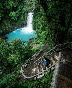 Stairway to heaven!  The stair steps to Rio Celeste #Waterfall captured by @everchanginghorizon! #CostaRicaExperts #CostaRica