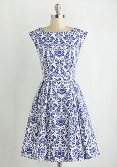 Be Outside Dress in Delft by Closet London - French / Victorian, Cotton, White, Print, Exposed zipper, Pleats, Cap Sleeves, Boat, Pockets, Daytime Party, Spring, Best Seller, Mid-length, Blue, Fit & Flare, Woven, Better, Wedding, Bridesmaid, Vintage Inspired, 50s