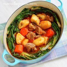 Manila Spoon: Pochero (Pork/Beef Stew with Saba/Burro Bananas)