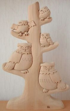 Very cute snowy owls. This is a handmade 3D wooden puzzle.