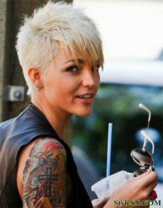 Love this undercut.  Best Celebrity Short Hairstyles 2014 | StyleSN