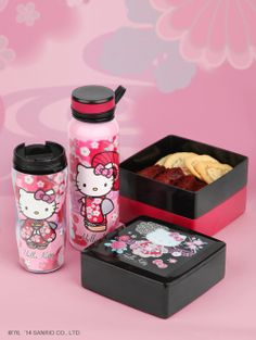 #HelloKitty #lunchtime!  Bring these along to work or school for sensational snacking.
