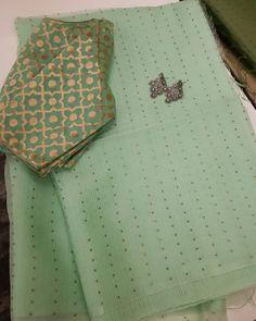 pista green woven sequins organza saree from aavaranaa Simple Sarees, Trendy Sarees, Stylish Sarees, Fancy Sarees, Organza Saree, Chiffon Saree, Cotton Saree, Saree Gown, Lehenga