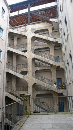La cour des Voraces Lyon France