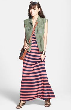 A maxi dress is such a versatile look - a must-have for any vacation packing list!