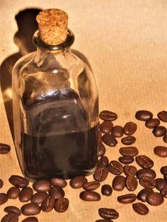 Rychlý kávový extrakt Home Canning, Kitchen Appliances, Coffee, Advent, Syrup, Diy Kitchen Appliances, Kaffee, Home Appliances, Canning