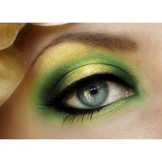 St. Patrick's Day Makeup, green eye shadow