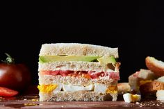 Triples de Palta (Peruvian Avocado Sandwich) recipe on (Peruvian Mayo) Avocado Sandwich Recipes, Avocado Dishes, Veggie Sandwich, Vegetarian Sandwiches, Tomato Sandwich, Sweet Salad Dressings, Homemade Mayonnaise, Wraps, Peruvian Recipes