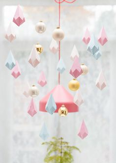 DIY paper crystals.