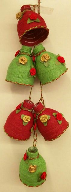 Bottle top recycled into hangings TOTAL WASTE