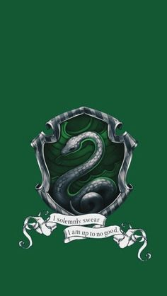 30 Ideas for wallpaper iphone harry potter slytherin Harry Potter Tumblr, Casas Do Harry Potter, Arte Do Harry Potter, Slytherin Harry Potter, Images Harry Potter, Slytherin Pride, Slytherin House, Theme Harry Potter, Slytherin Aesthetic
