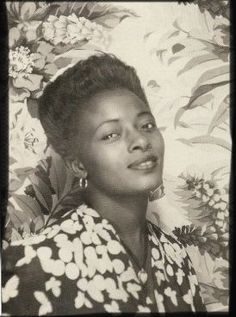 +~ Vintage Photo Booth Picture ~+ Beautiful African Young Woman 1940s