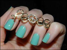 Mint Nails, Nice