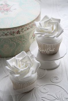 ♡CupCakes by Cotton & Crumbs★ * ° •. ¸ ☆ ★ via Flickr