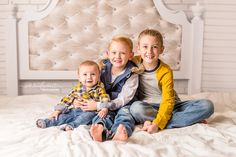 Six month old  with brothers  Ashleigh Whitt Photography - Cleveland Ohio Baby Photographer