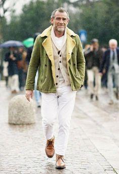 Confira uma seleção de 30 looks de diferentes estilos para você se inspirar num inverno com estilo.