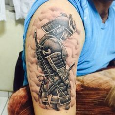 30 Strong Japanese Samurai Tattoo Designs & Meanings Check more at http://tattoo-journal.com/30-fearless-samurai-tattoos/