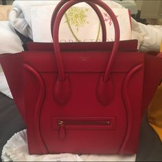 Celine mini luggage selling low 2400$ Authentic w tags and receipt . Offer tru 🅿️🅿️ thank you . Firm last price 2400 ; 🚫 NO TRADE Celine Bags