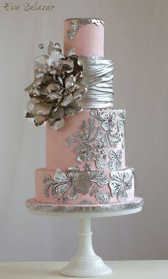 Pink Wedding Cakes Blush and silver Wedding Cake Elegant Wedding Cakes, Elegant Cakes, Beautiful Wedding Cakes, Gorgeous Cakes, Wedding Cake Designs, Pretty Cakes, Tier Wedding Cakes, Amazing Cakes, Metallic Cake