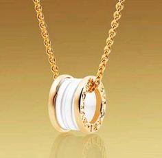 Bvlgari Bzero1 Pendant Necklace in 18kt Pink Gold With White Ceramic