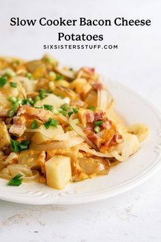 This is the best crock pot recipe you will find! These slow cooker bacon cheese potatoes have everything we love in every bite. Crockpot Potluck, Best Crockpot Recipes, Slow Cooker Recipes, Crockpot Meals, Best Side Dishes, Side Dish Recipes, Dinner Recipes, Slow Cooker Bacon, Best Slow Cooker