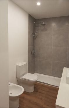 • ARCOZELO APARTMENT • apartment interior refurbishment •bathroom | Portohistórica Construções S.A.