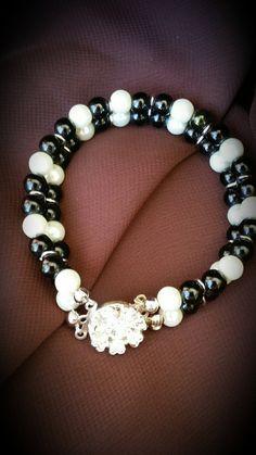 Celeeya Women's bracelets by Celeeya on Etsy