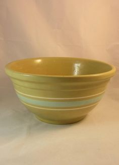Vintage Watt Gold n Bake Mixing Bowl Farmhouse Decor Yellow Ware Stoneware Pottery 1930s