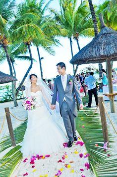 "shirleylschan: ""My amazingly stunning and beautiful wedding at Le Mauricia hotel"" - Mauritius"