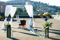 Romantic proposal idea on a rooftop in Portland