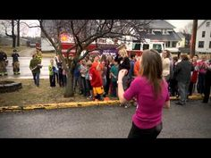 Romantic Firefighter Stages Magical Marriage Proposal During Fire Drill at Ohio Intermediate School Romantic Surprise, Romantic Proposal, Surprise Proposal, Surprise Wedding, Best Proposals, Wedding Proposals, Marriage Proposals, Proposal Pictures, Fire Drill