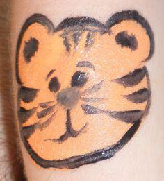 tiger cheek art face paint design idea