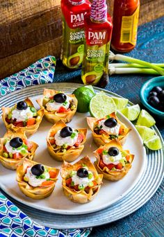 [AD] Wonton Taco Cups are the perfect appetizer for game days, taco night, and Cinco de Mayo celebrations! Taco Appetizers, Mexican Appetizers, Game Day Appetizers, Mexican Food Recipes, Appetizer Recipes, Wonton Taco Cups, Mini Taco Cups, Wonton Tacos, Mini Tacos
