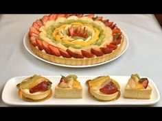 طارت الفواكه بعجينة ذهبية راائعة و كريمة خطيرة اذا جربتيها مرة فقط! ستدمنين عليها في جميع التحليات - YouTube Tartelette, Waffles, Pie, Sweets, Breakfast, Cheesecakes, Weight Loss, Food, Projects