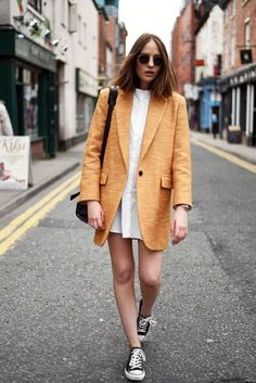 Mustard coat and chuck taylors || Follow @filetlondon for more street wear #filetlondon