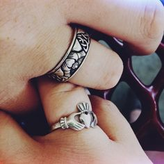 Claddagh wedding ring set! Love keeping true Irish traditions