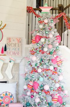 Whimsical BoHo Christmas Tree – Michaels Dream Tree Challenge 2017 The small focus on the most passionate feast of the entire year Eieiei, the Xmas celebration is near Retro Christmas Decorations, Christmas Tree Themes, Holiday Tree, Colorful Christmas Tree, Christmas Ideas, Christmas Presents, Cactus Christmas Trees, Christmas Cards, Turquoise Christmas