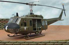 UH-1HelicopterDiorama