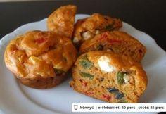 Görög pizza muffin Pizza Muffins, Ricotta, Baked Potato, Feta, Potatoes, Meals, Baking, Breakfast, Ethnic Recipes