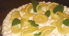 Mennyei Tejszínes citromtorta recept! Ezzel a tejszíne citormtortával, a már más receptoldal fórumában is nagy sikert arattam. Szeretném, ha az ApróSéf kedves olvasói is megismerkednének a recepttel, és sokan el is készítenék! Egyszerű, kezdő háziasszonyok is bátran hozzáfoghatnak, a siker garantált! Kellemesen hűsítő, intenzív citrom ízével, könnyű desszert a nyári hőségben!